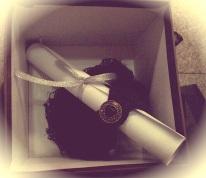 Noir inside the box